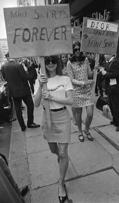 Protest Outside The House Of Dior in 1966